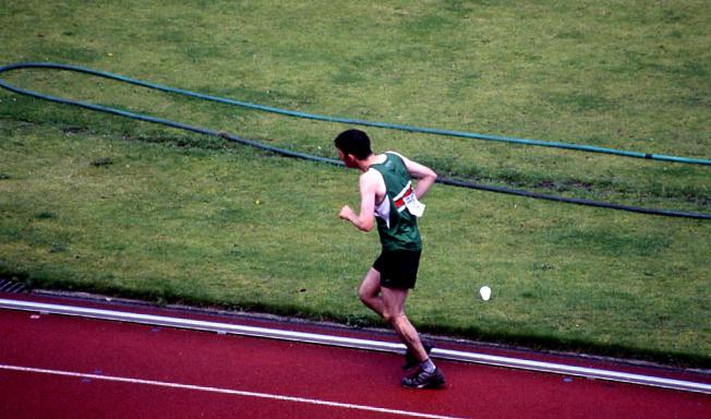 Ultra Marathon Race, Edinburgh (2000) Photo: Jenny Brownrigg